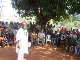 Traditional Ruler of Okoh Prof. Laz Ekwueme addressing the indigenes of the community