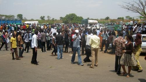 university_of_abuja_students_demonstration