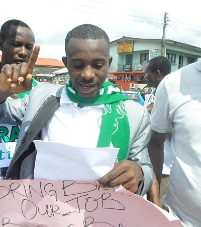 Youths Protest Unemployment in Warri