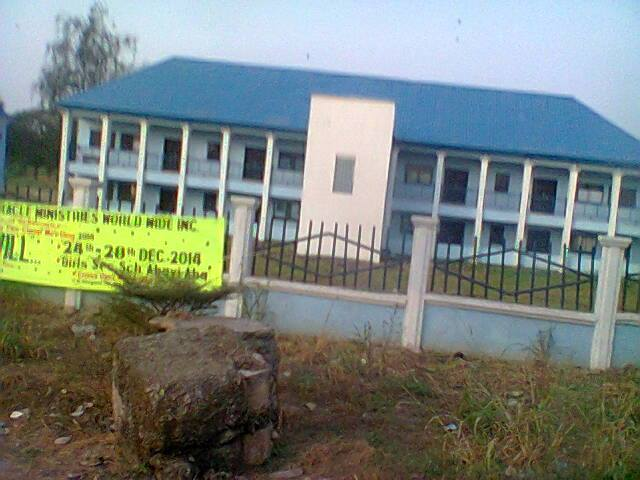 Abayi Gilrs sec.school