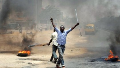 Nigeria-elections-violence-April18-2011.by_.diallo-AFP-pix