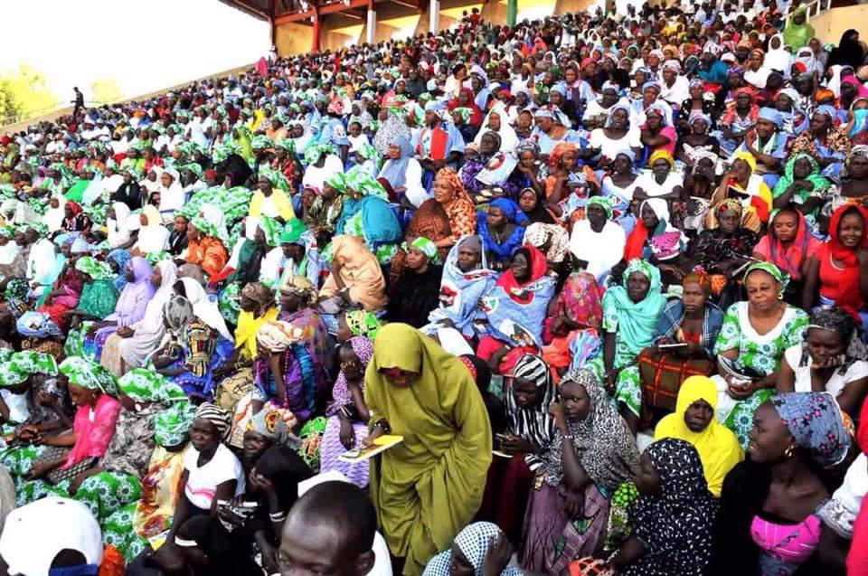Crowd at Jonathan's Campaign Stop in Maiduguri...