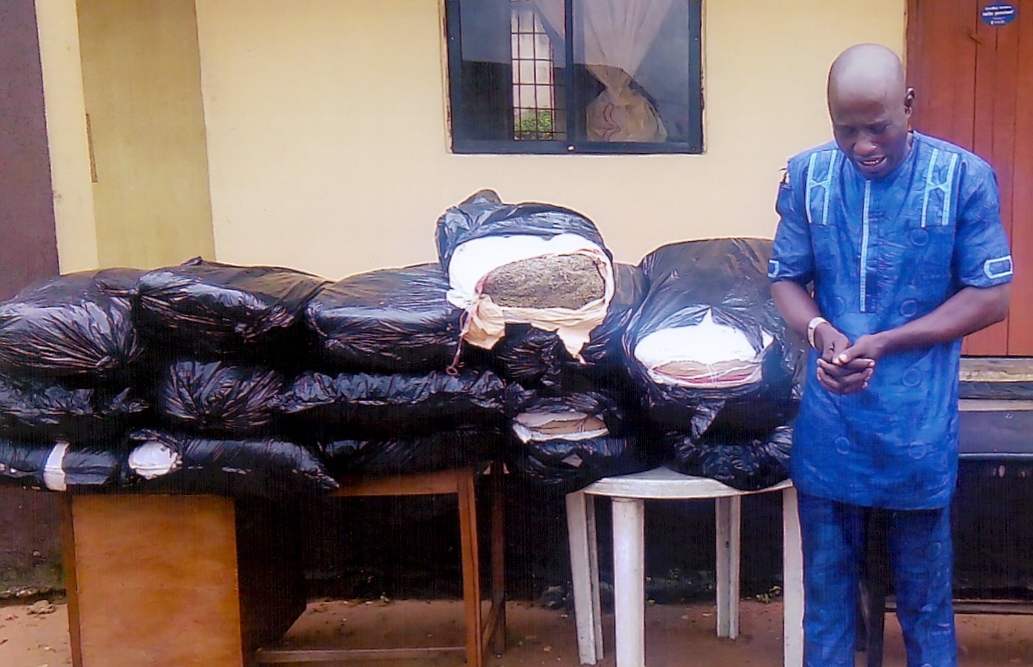 emmanuel ogbonna with the drugs found in his car
