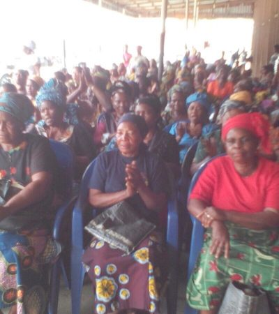 Stella Oduah Lights-Up Christmas for Anambra Widows