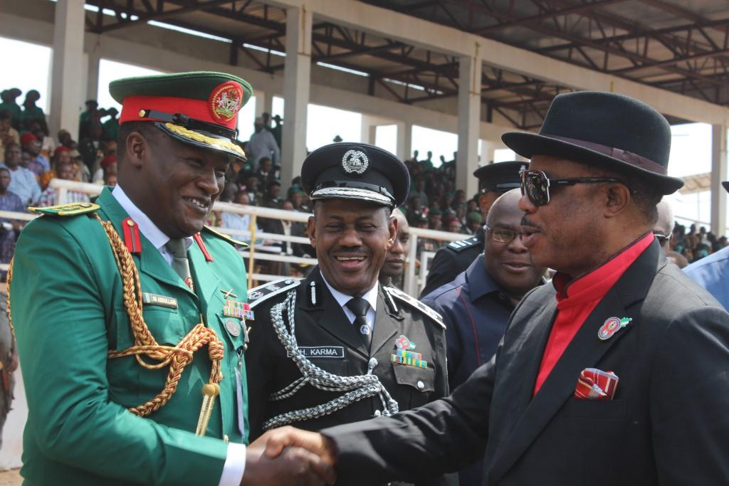 Chief Willie Obiano, Governor of Anambra State being welcomed to the event marking the Armed Forces Remembrance Day by Hosea Karma, Commissioner of Police and Col Issah. M. Abdullahi, Commander 302 Artillery Regiment Nigerian Army, Onitsha...Friday
