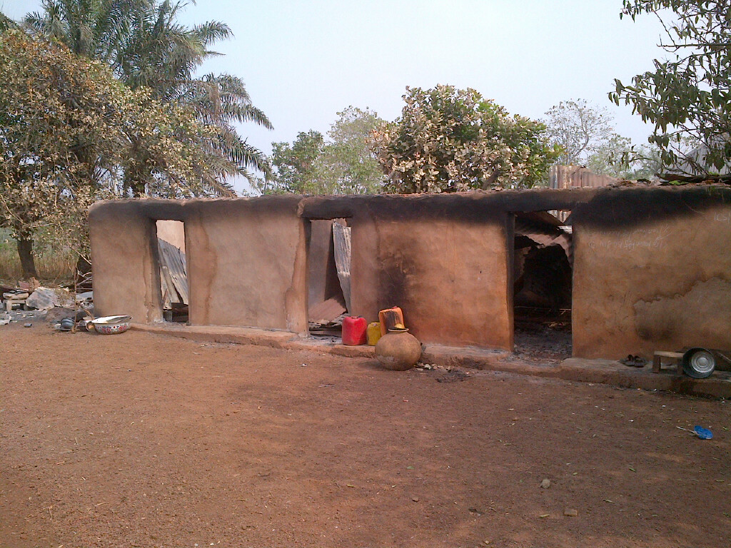 The burnt 3rooms