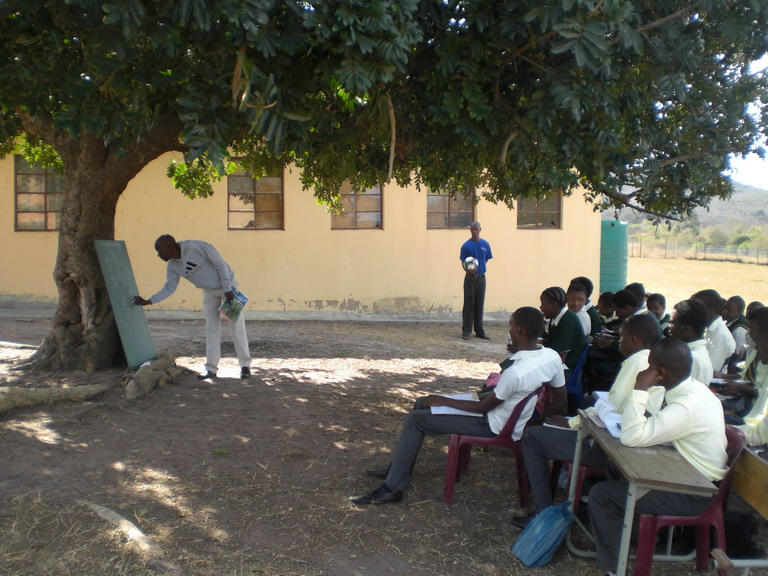 Nonpayment of Primary School Teachers Salaries: Elrufai must hear this – By Mukhtar Garba Maigamo