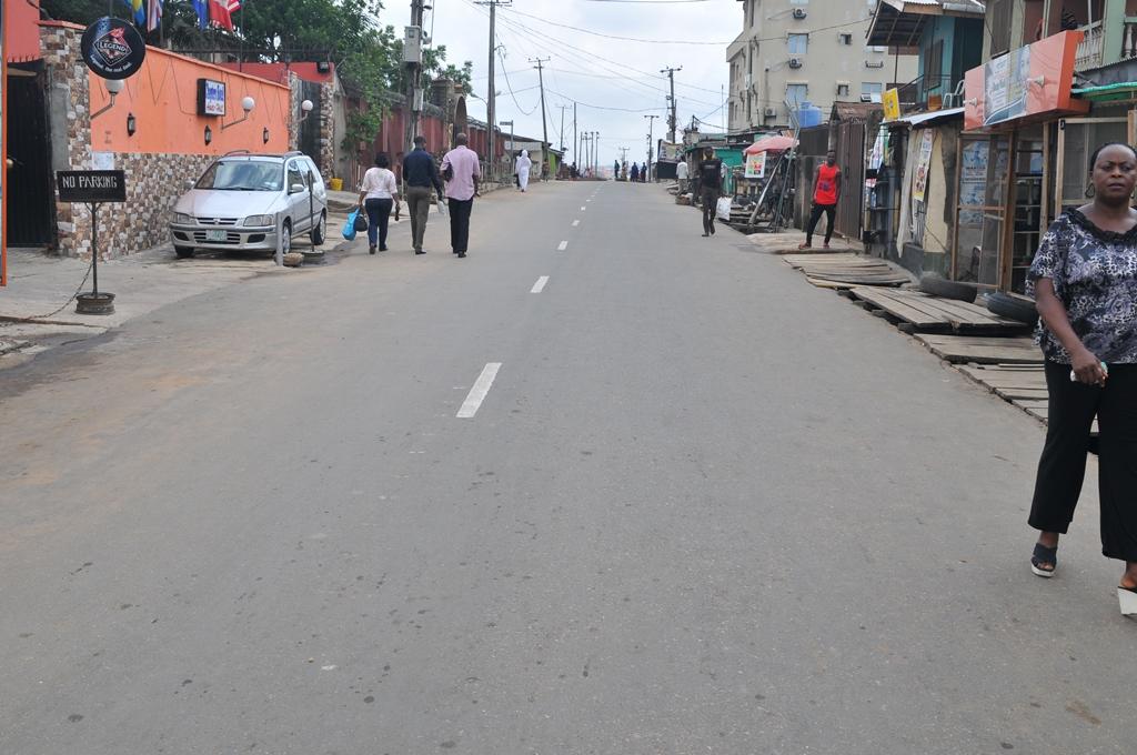 The newly commissioned  Oluwasijibomi/Folorunsho Street, Ifako, Lagos, by Governor Akinwunmi Ambode on Tuesday, May 17, 2016.
