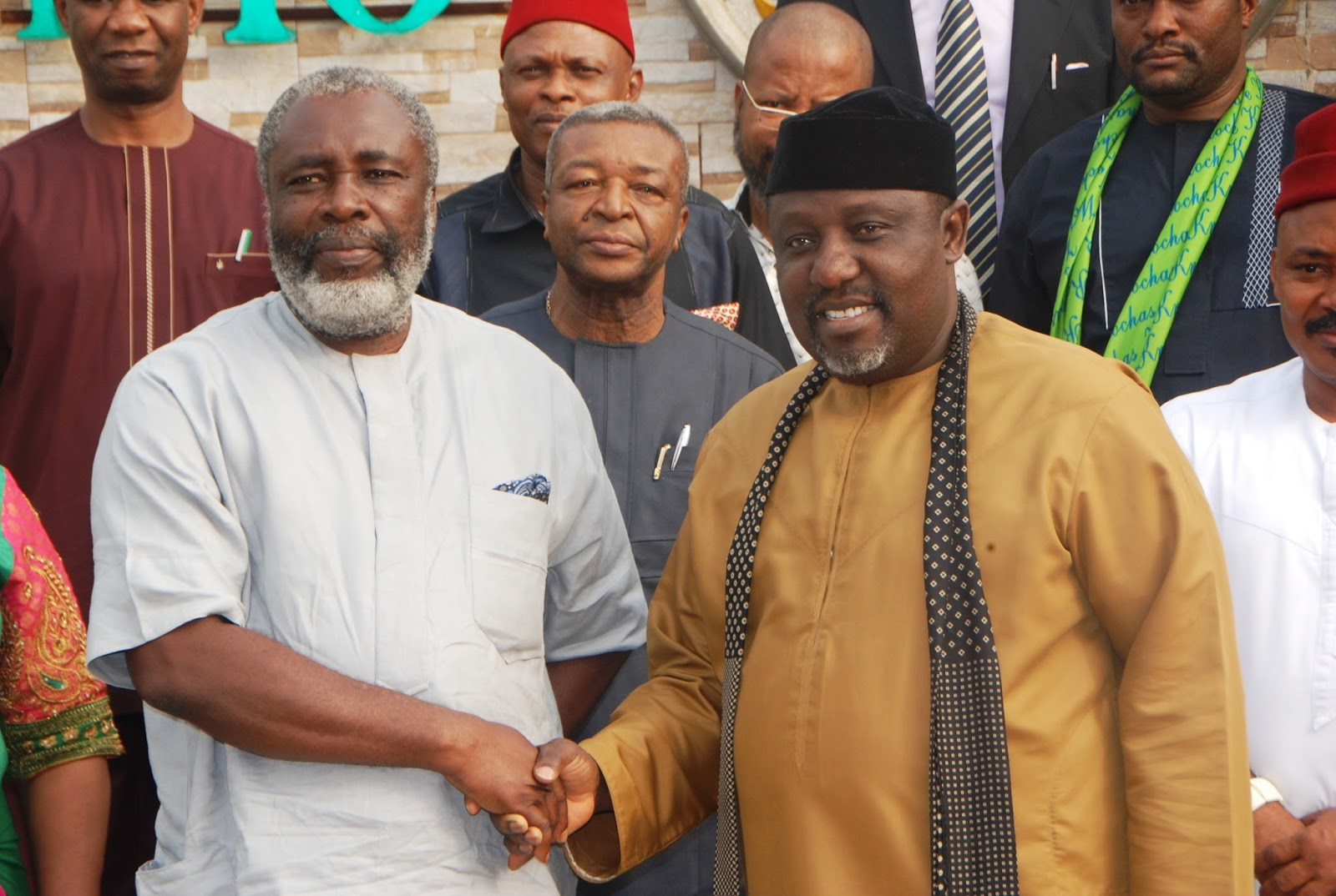 Governor Rochas Okorocha in a handshake with the President-General of Ohaneze Ndi-Igbo,Chief Gray Nnachi Enwo-Igariwey, whe he visited the Governor at the Government House. Owerri recently