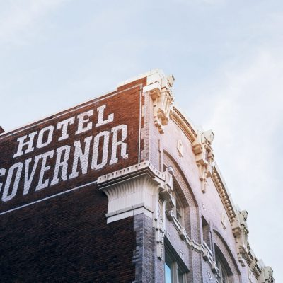 Hotel Governor 2,' Dracula Yearns for a Little Monster of a Grandson