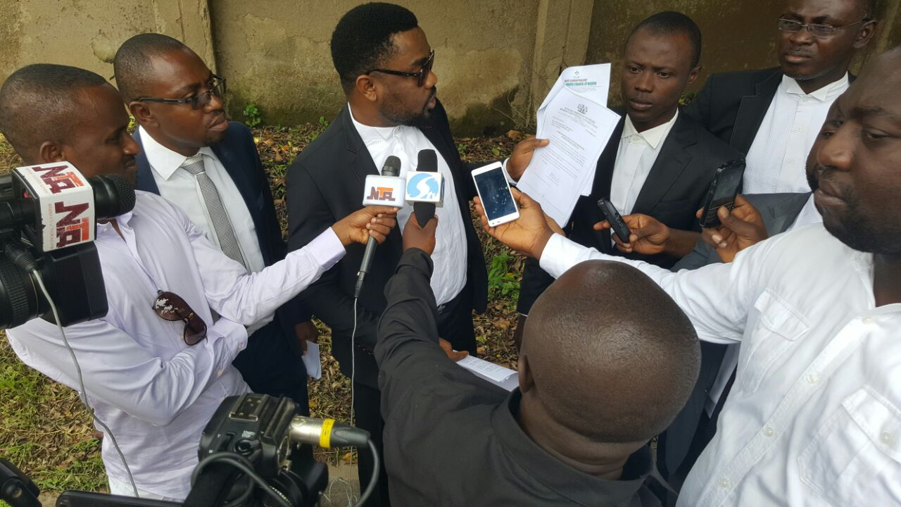 Lawyers arriving EFCC office to present case