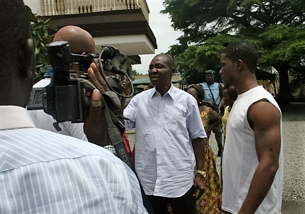 prince-benjamin-apugo-second-right-during-his-arrest