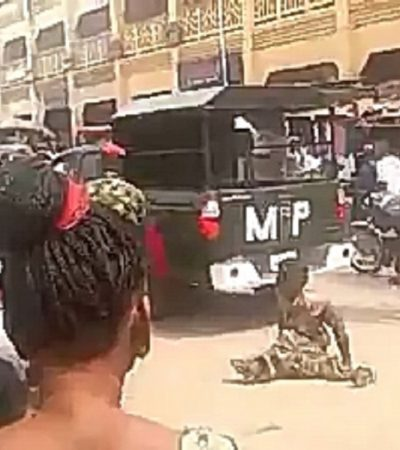 Video: Nigerian Soldiers Brutalize Mentally Challenged Cripple In Onitsha