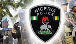 Nigerian Female Police Officer Beats Up Bus Driver For Refusing To Give Her N50 Bribe [Video]
