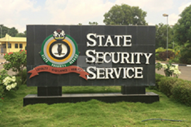 DSS, Police Clash At Emirs Palace
