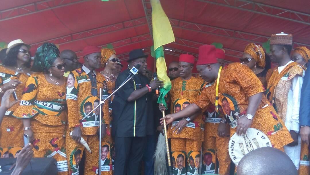 [Photos] Obiano Campaign Flag Off, Massive Turnout