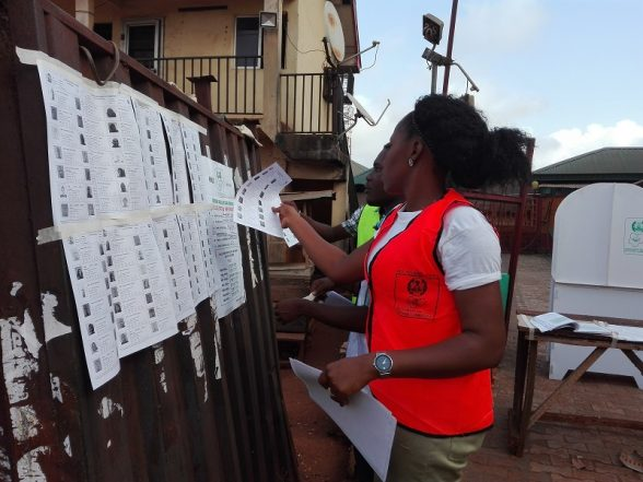 Anambra Polls: INEC Staff Arrive Polling Booths