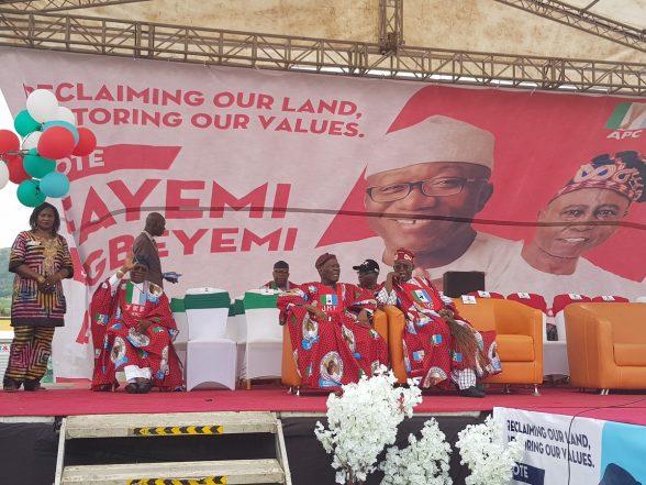 Ekiti: PDP Mocks APC, Fayemi Over Flopped Rally…Says Buhari Should Learn Governance From Fayose