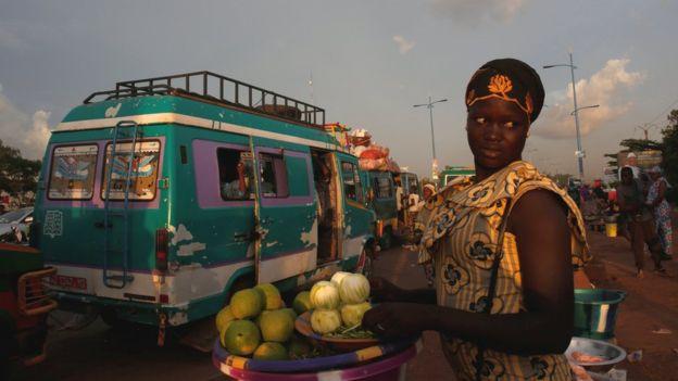 An orange vendor in Bamako, Mali