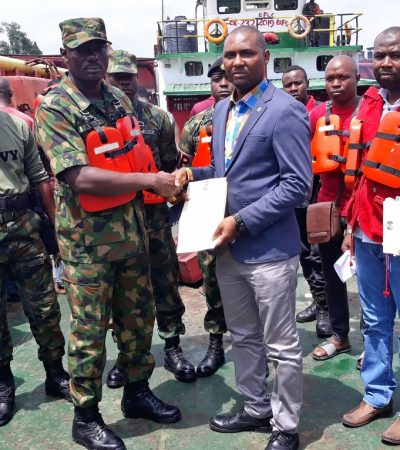 Navy arrests 16 oil theft, extortion suspects