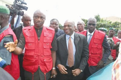 Orji Uzor Kalu under arrest the EFCC for looting the Abia State treasury