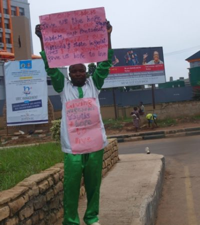 One-man Protester Demonstrates In Imo Over Agony Of Nigerian Youths