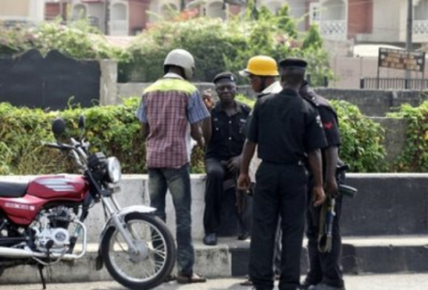 Anambra: Police in Open Day Robbery