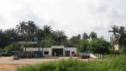Mad Woman Gives Birth To Twin At A Petrol Station, Aba