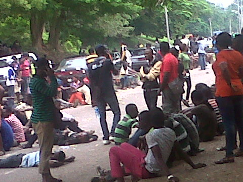 The OOU students protesting in Abeokuta on Friday.