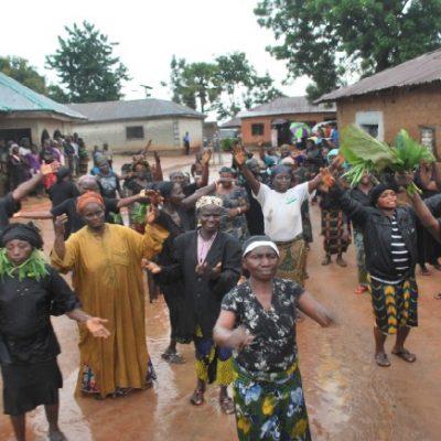 Women Protest Governor Yero's Visit To Karshi