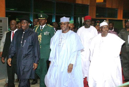Presidency Fear New Mass Decamp Of Legislators To APC