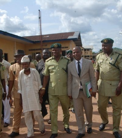 16 Freed Inmates Thank Governor Okorocha, Nigerian Prisons, As They Sign Bond Of Good Conduct