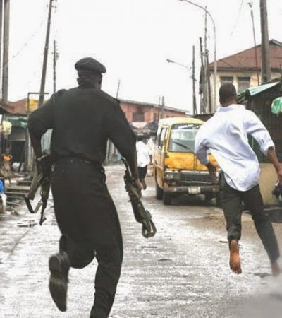 PoliceAt War with Criminals in Warri