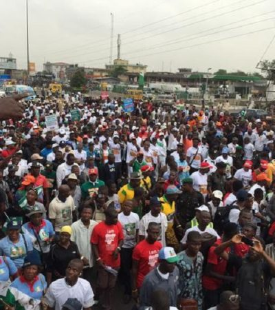 APC One Million Man Match For Buhari Grounds Lagos Traffic