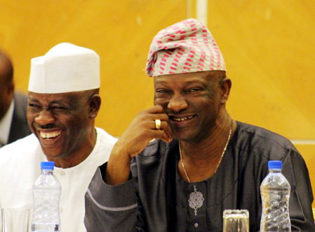 Jimi Agbaje Takes on Ambode – By Undung Pam