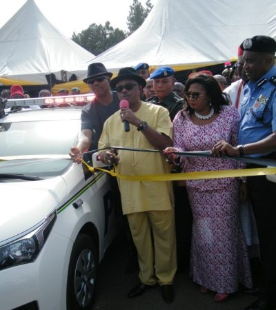 Gov Obiano Donates 25 Special Patrol Cars, Crime Detecting Kits To Police