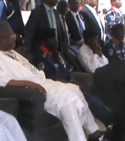 SSS Agent Shined Minister's Shoe Clean As Sign Of Respect – NSCDC