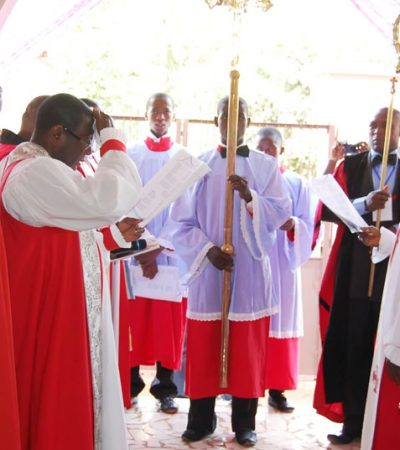 Awka Diocese Bans Priests From Expensive Funerals