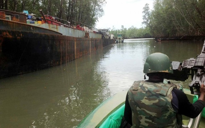 Niger Delta Avengers Threatens To Sink Oil Vessels