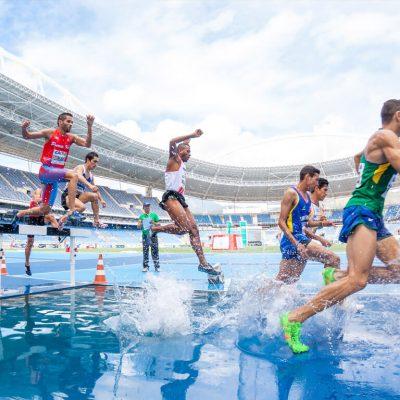 How Matt Centrowitz Won a Historic 1,500 Meters