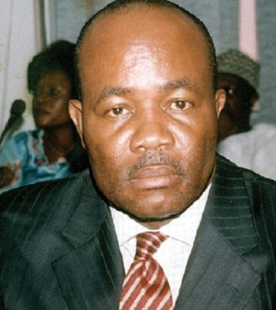 APC Slams Akpabio For Criticising Buhari