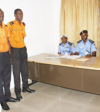 Two Traffic Wardens Dismissed For Extortion