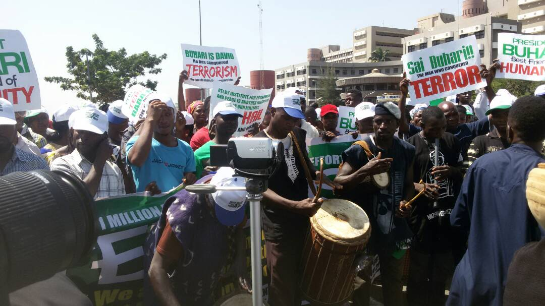 Boko Haram: Group Holds Rally For Buhari In Abuja To Celebrate Nigeria's Successes