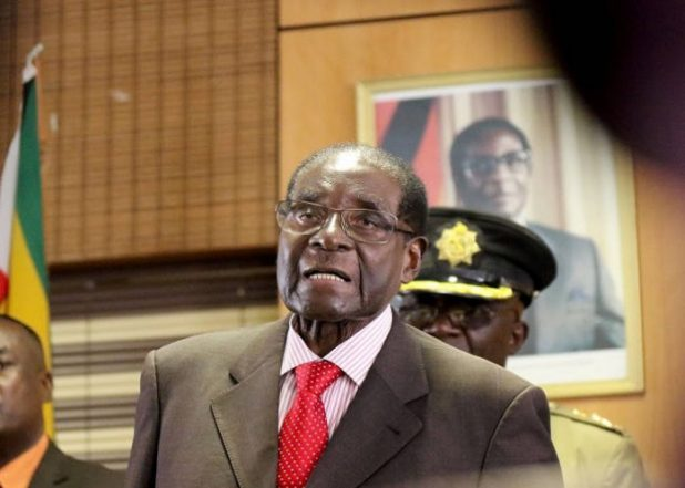 Robert Mugabe And Wife Grace 'Refuse To Vacate State House'