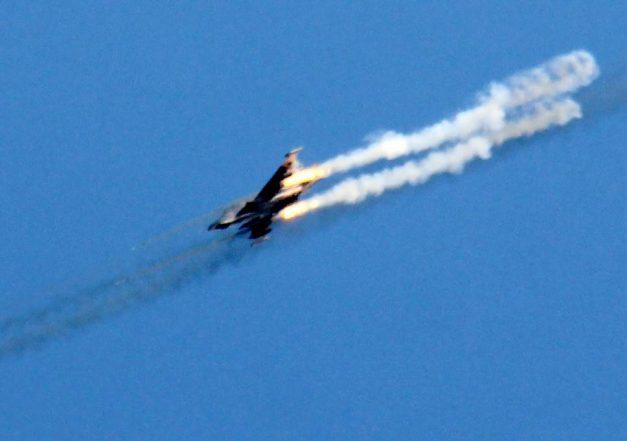 Israel shoots down Syrian warplane
