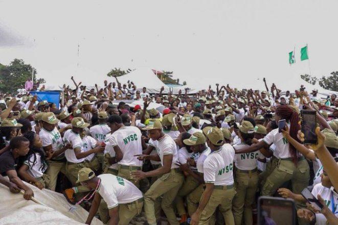 Pandemonium as Davido arrives Lagos NYSC camp
