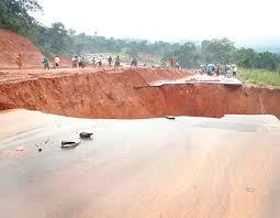 Gully Erosion Severs Nkpor-Nnobi Road In Anambra