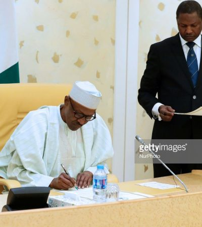 Buhari donates 2 cows and 10 bags of rice to the corps members