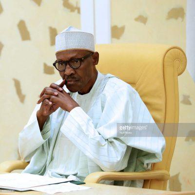 President Buhari Speaks With Grieving Pa Fasoranti