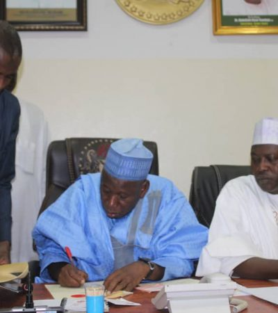 Ganduje Moves To Promote Economic, Cultural Ties With France